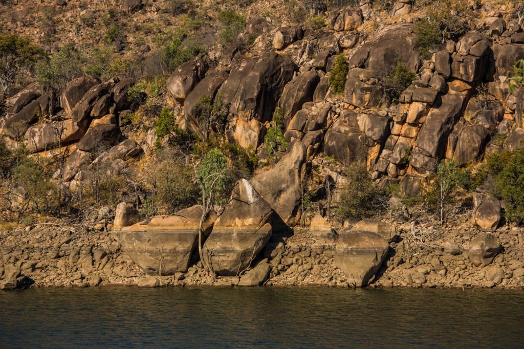 Copperfield Dam - Shoreline detail